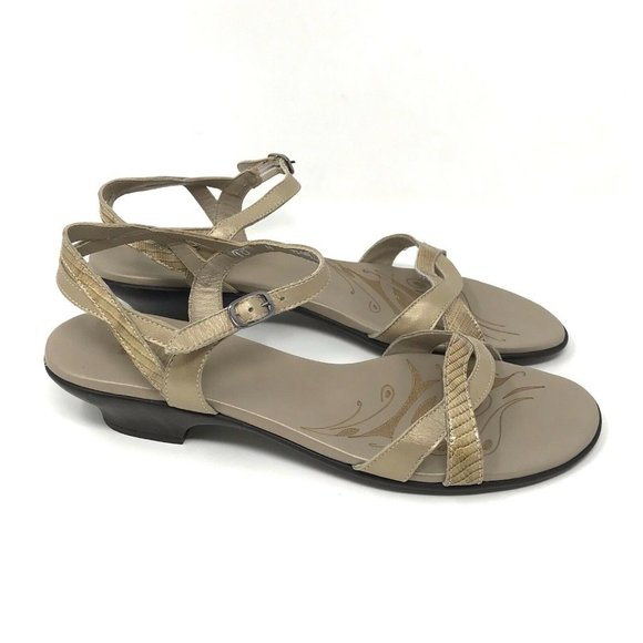 Munro Tan Leather Ankle Strap Strappy Sandals 10 N